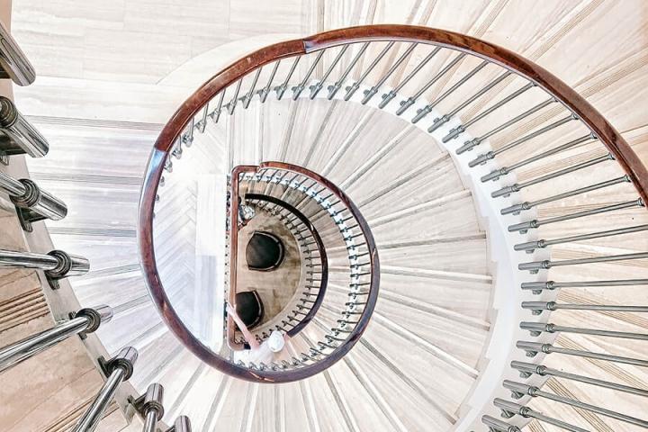 מדרגות-לולייניות